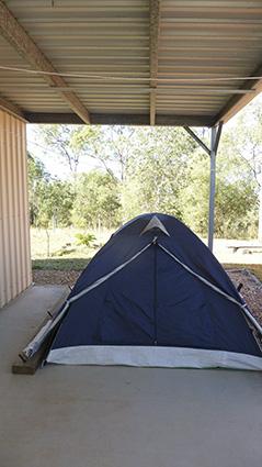 P1050865_wwoofer tent_web